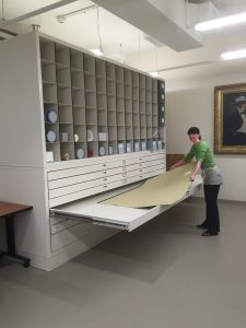 Flat File and Custom Storage